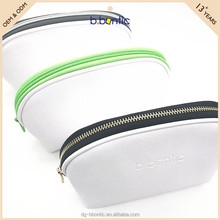 Hot selling trendy plain ladies handbags cosmetic bags