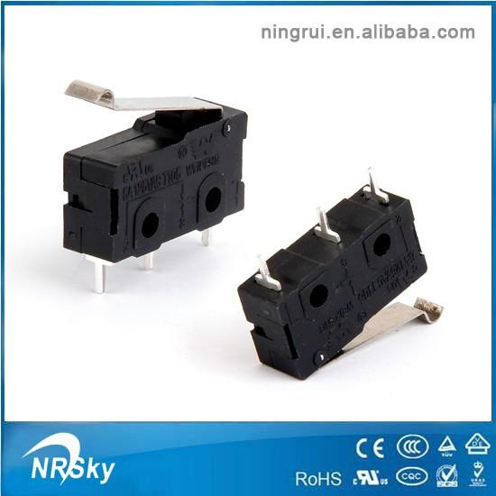 micro interrupteur poussoir