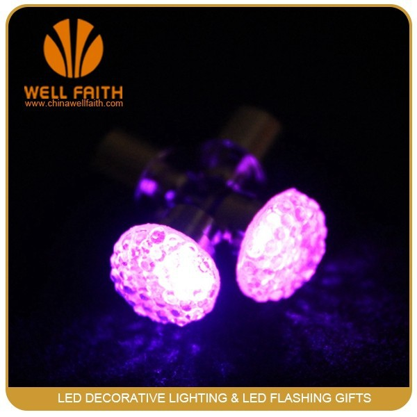 2016 party club items Light Up Earrings, Novelty items Led Earrings for women/men
