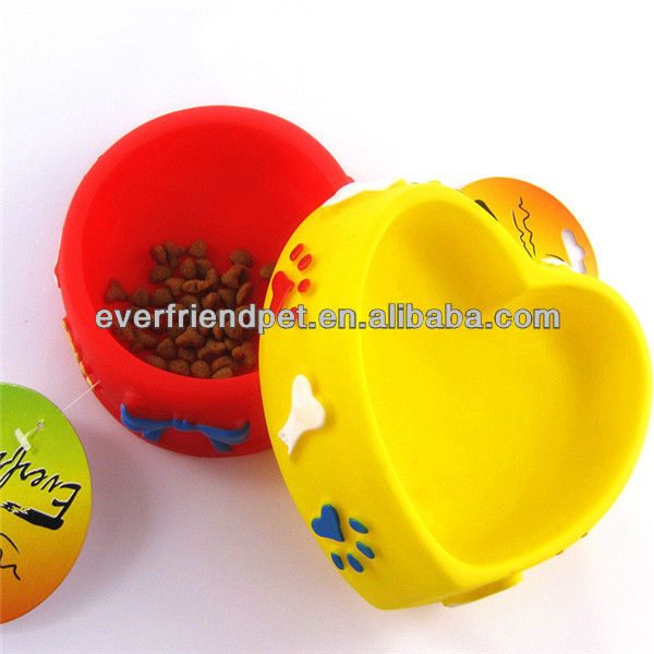 Novelty Products Chinese Dog Pet Bowl / Heart Shape silicone Bowls