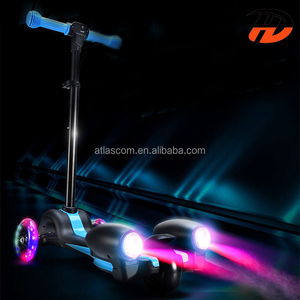 3 wheel kids scooter with sound and colorful fog and sprayer light
