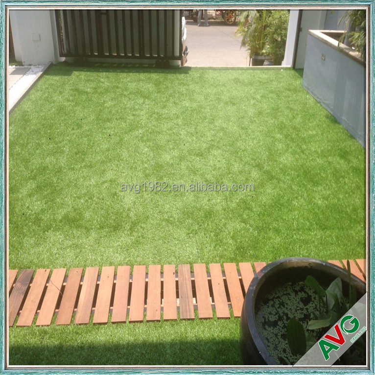 Artificial green turf grass wall landscaping garden