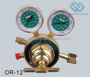 OXYGEN COMPRESSED GAS REGULATOR