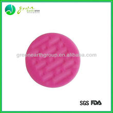 2015 New design anti-slip small silicone pad mat
