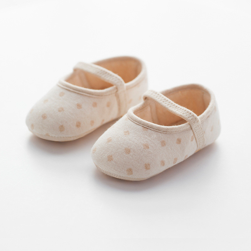 Korean new spring and summer soft bottom toddler shoes 0-2T