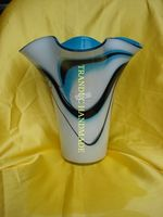 HANDMADE ART GLASS VASE