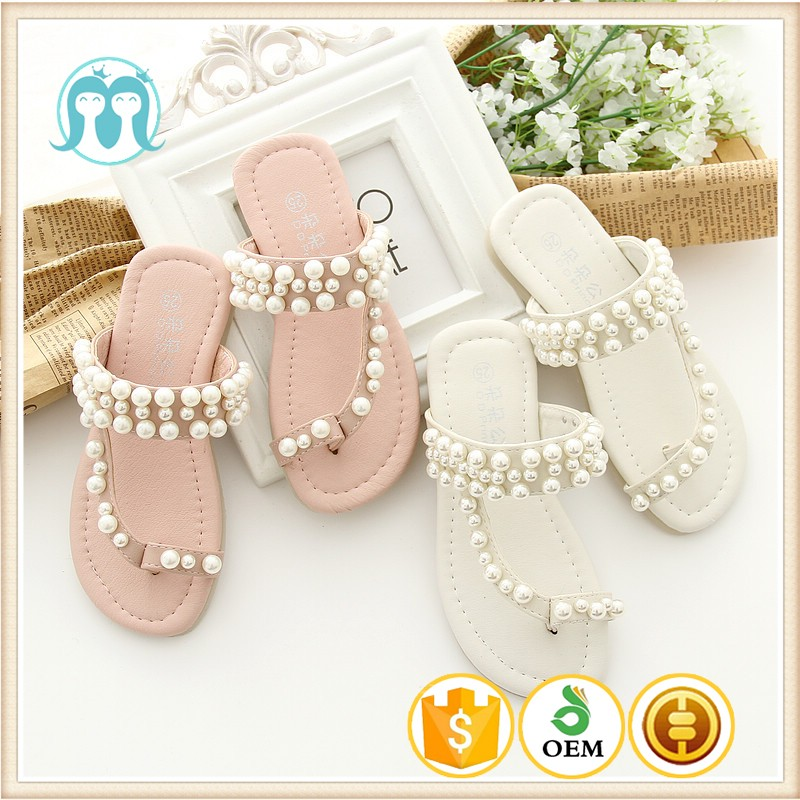 cea9af4c3612 Kids and Mom Girls Beach shoes for holiday Breathable Beaded Exposed toe  Sandal shoes Casual Style