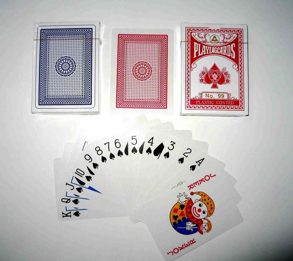 No99 Cheap Paper Playing Cards