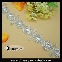 Cheap high quality crystal trim white beaded rhinestone trim for wedding dress belt/sash