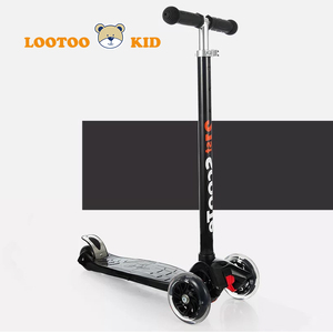 Wholesale branded cool black kick flashing front two wheels kids scooter for children with aluminum tbar