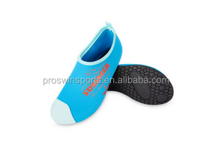 Promotional Anti-slip Neoprene Beach warm Waterproof shoes