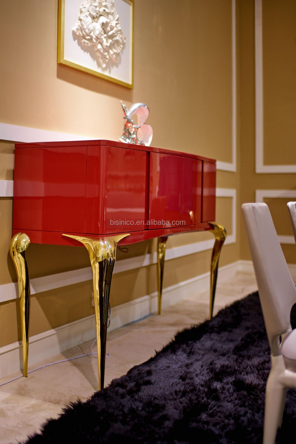 Latest Italian Style Red and Gold Dining Room Cupboard, Excellent Design Creative and Elegant Sideboard