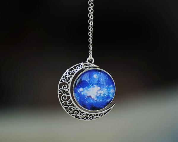 nebula moon necklace - photo #37
