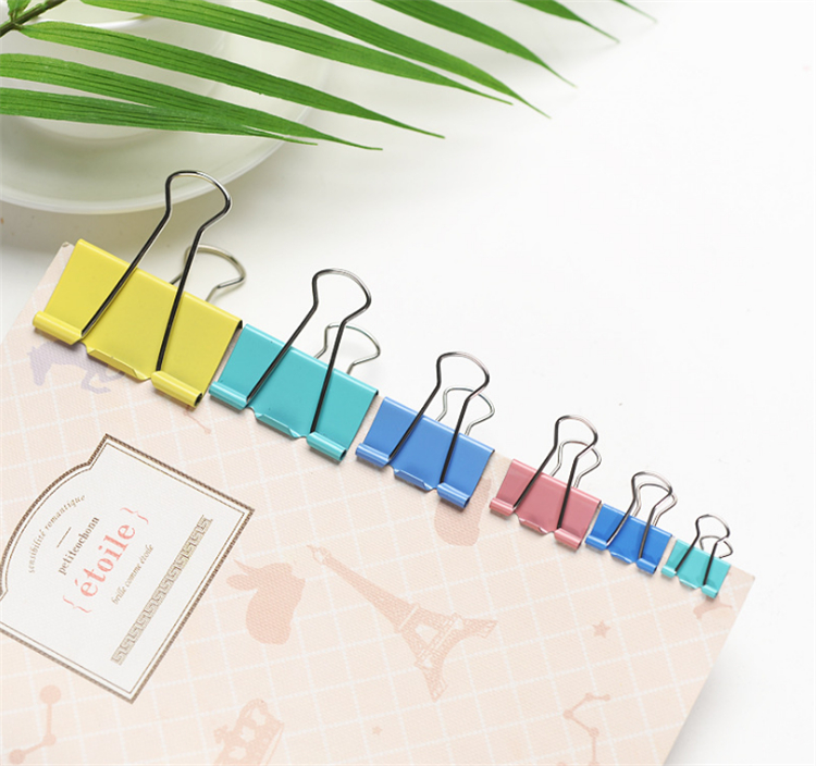 High quality  different kinds  metal colored binder clip