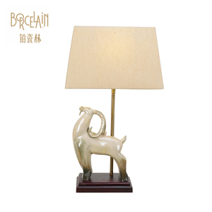Wholesale cost price ceramic vintage table lamp modern e27 hand printing decoration bed side vase lamp