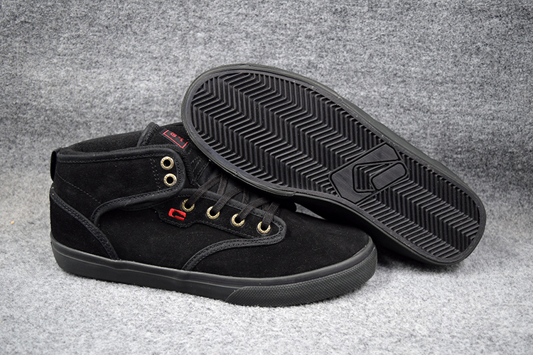 2016 Fashion BOY Shoes Black Anti Fur GLOBE MOTLEY MID Hard Wearing Street Footwear Board Shoes
