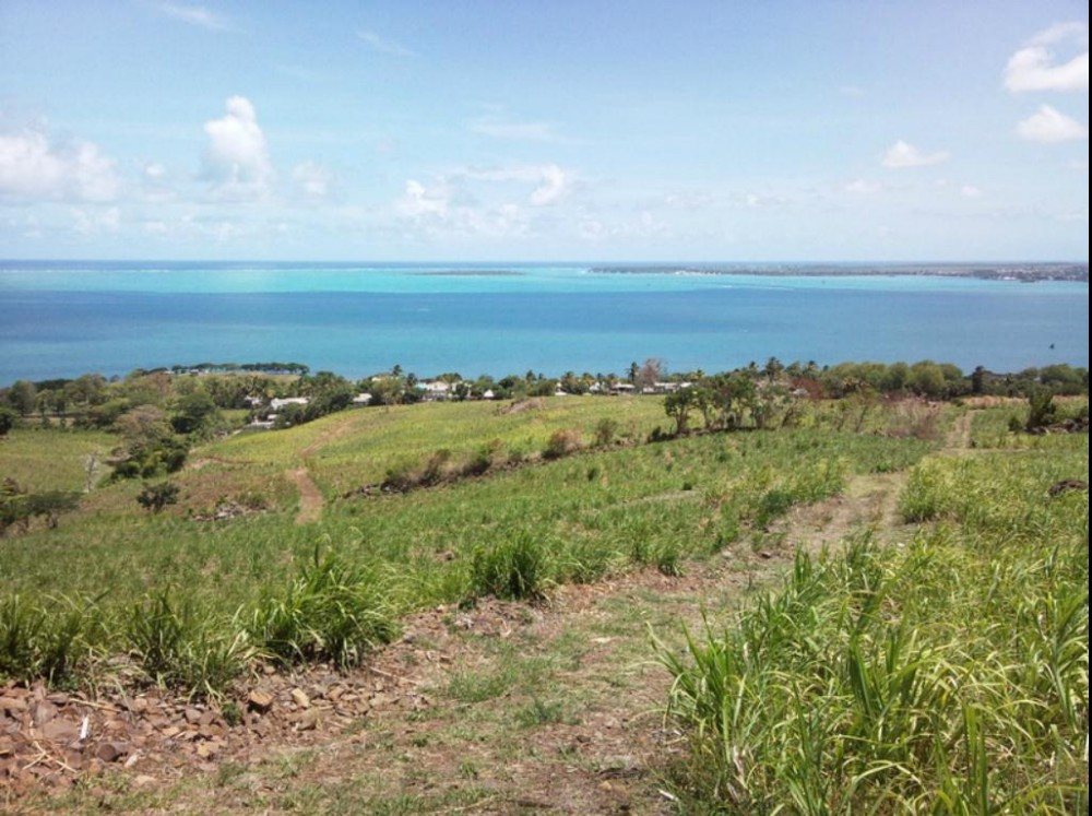 LAND FOR SALE IN MAURITIUS - EXCEPTIONAL OPPORTUNITY
