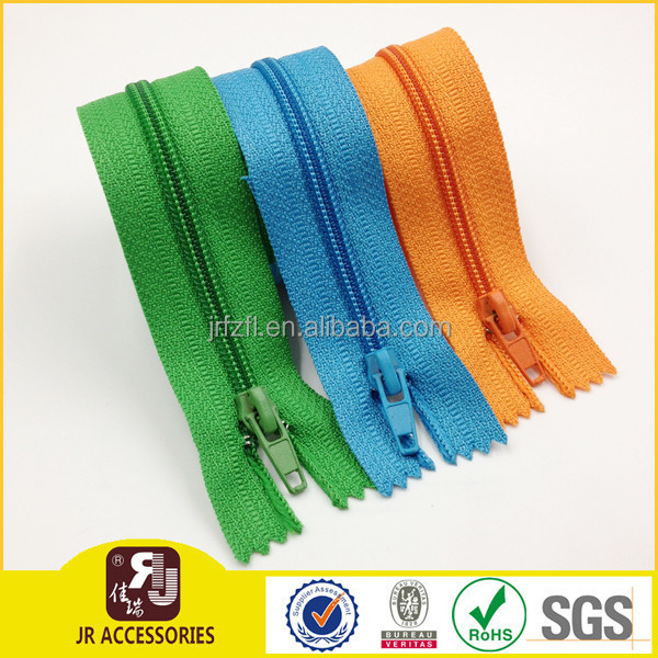 Color design zipper parts / zipper for PVC mesh zipper Bag