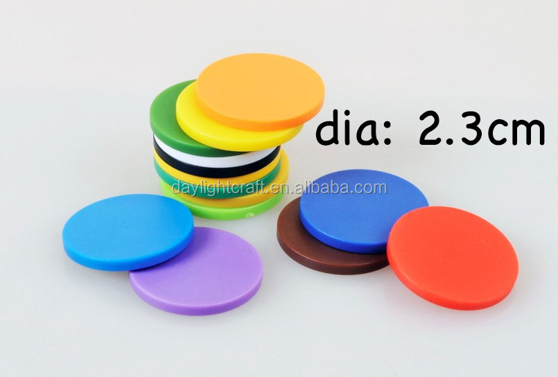1inch 1.1inch promotional amazon wholesale customized embossed coins company logo blank plastic game token coin