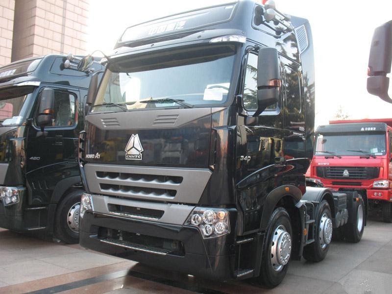 Sinotruk Howo 420 Tractor Truck Tractor Head Truck Trailer