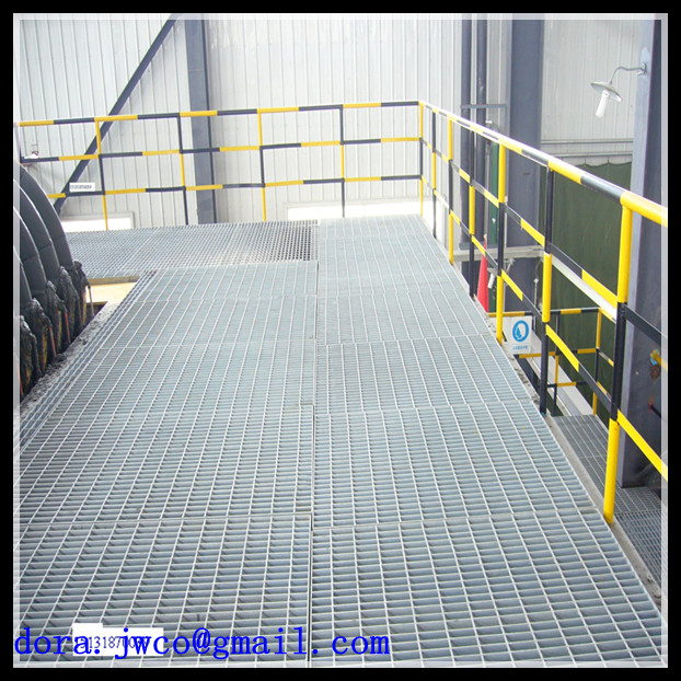 Galvanized steel grates used for catwalk grating project for Catwalk flooring
