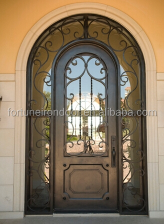 2016 enkele ijzeren deur met mooie scroll werk en twee for Puertas en forma de arco