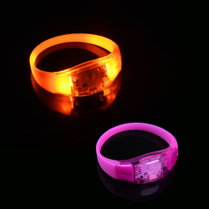 Wholesale Wedding Decoration Products Glow in Dark Flashing Led Bracelet Led Wristband