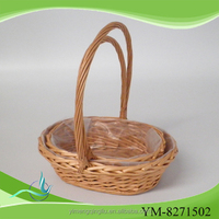 Small Oval willow laundry basket with Liner