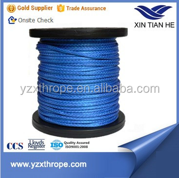 Synthetic uhmwpe winch rope for lifting