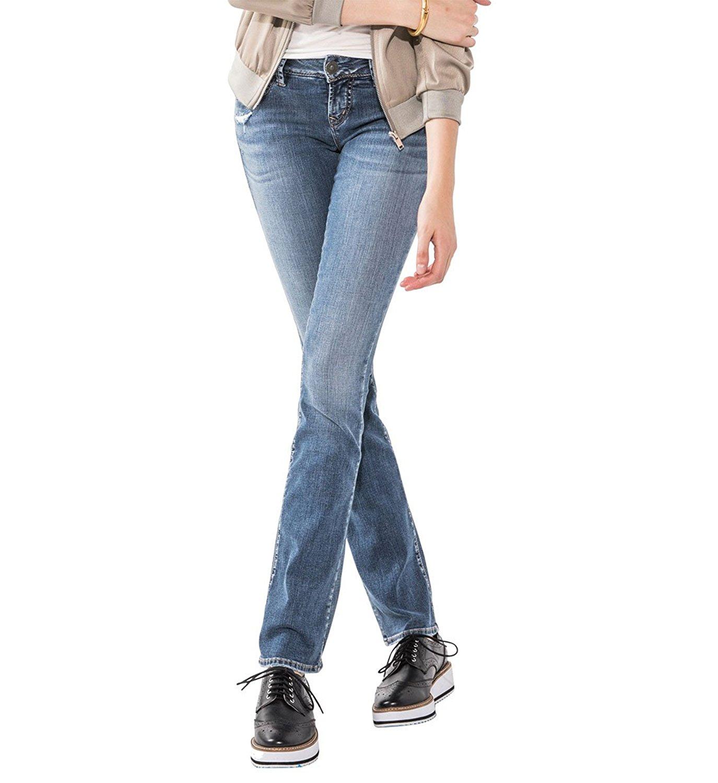b7b21f6f663 Get Quotations · Silver Jeans Co. Women s Berkley Low-Rise Slim Bootcut  Jeans