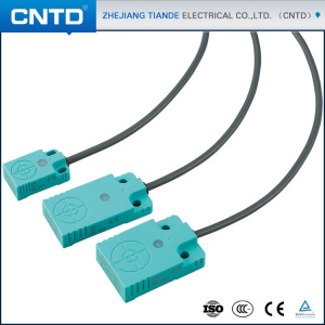 CNTD Hign-end Flat shape IP67 Waterproof PNP Output Proximity Sensor cost low for 7mm sensing (CJF12-07PA)