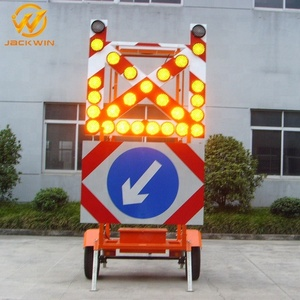 Solar LED Trailer Traffic Safety Trailer Warning Sign Arrow Board LED Light Trailer