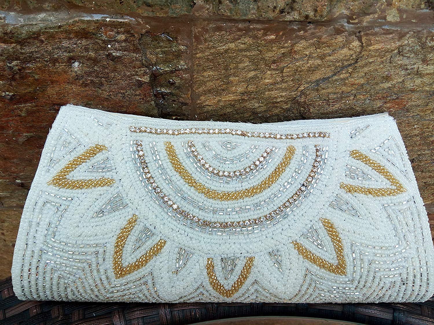 Artcraving Ivory clutch, Classy Minaudière, hand crafted beaded clutch, Portefeuille Femmes,Pearl evening clutch, Bridal clutch