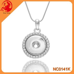 Fashion Jewelery Trending Hot Products Pendant Snap Button Jewelry Necklace Press Snap Necklace With A Chain In Stock