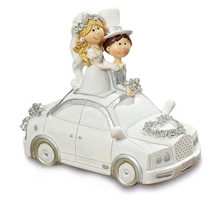 Handpainted Car with Bride and Groom Figurine Resin Wedding Favour