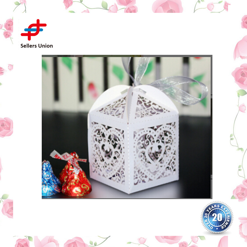 Laser Cut Pearl Paper Party Wedding Favor Ribbon Candy Boxes Gift Box