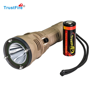 Scuba diving equipment TrustFire DF002 Led flashlight underwater fishing accessory