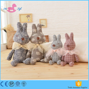 2017 OEM easter fabric soft bunny toy