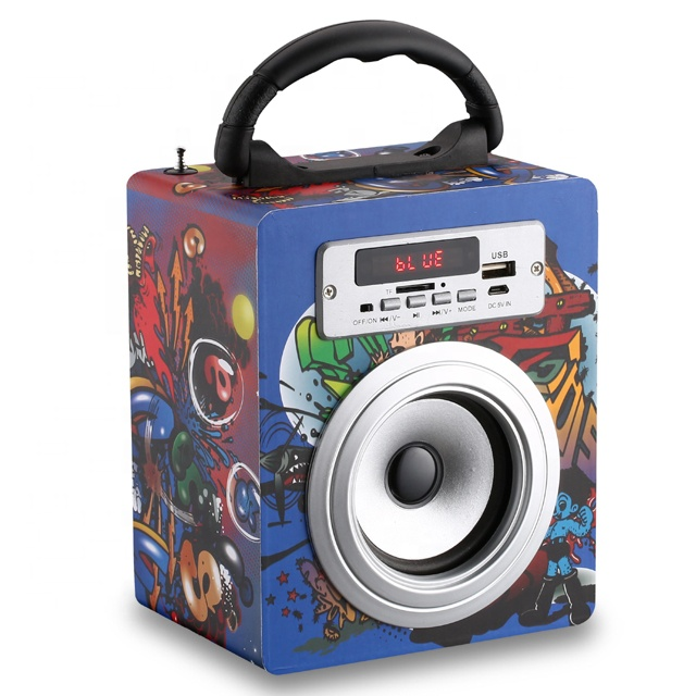 Portable wood wireless computer speakers with woofer