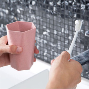 Custom logo travel straw simple creative thickened couple wash gargle plastic toothbrush cup