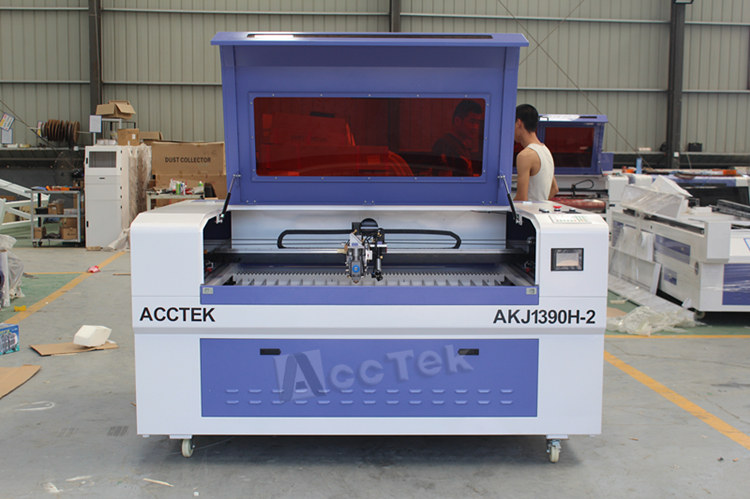 laser engraving machine.jpg