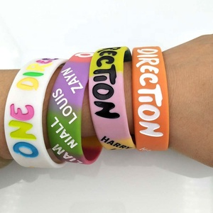 Advertising Gift Custom OEM One Direction Silicone 3/4 Inch Deboss Color Fill In Hand Wrist Bands Cheap Silicon Bracelet