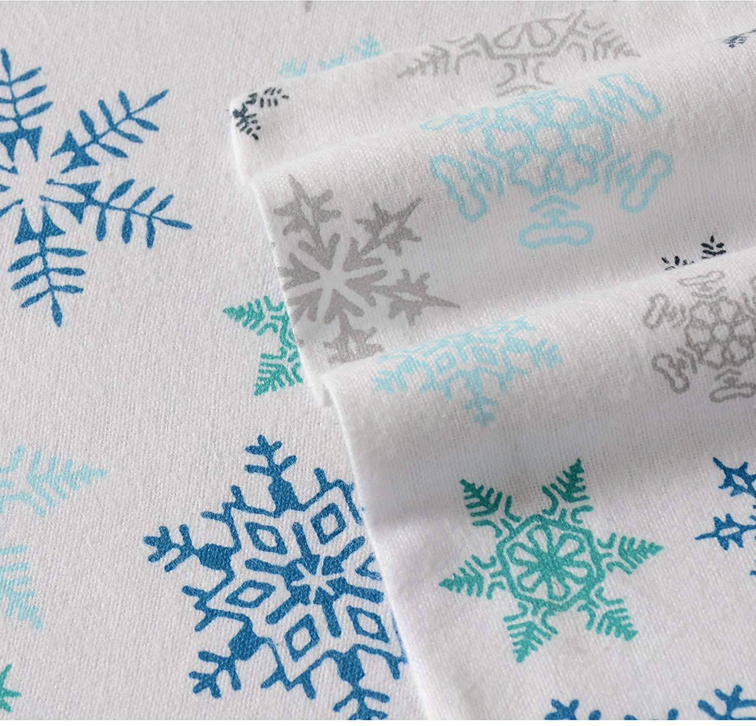 D&A 4 Piece Multi Snowflakes Theme Sheets King Set, Beautiful All Over Falling Snowlakes Print, Winter Season Bedding, Fully Elasticized Fitted, Deep Pocket, Cotton Flannel