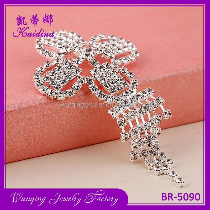 Factory sale superior quality brooches for women