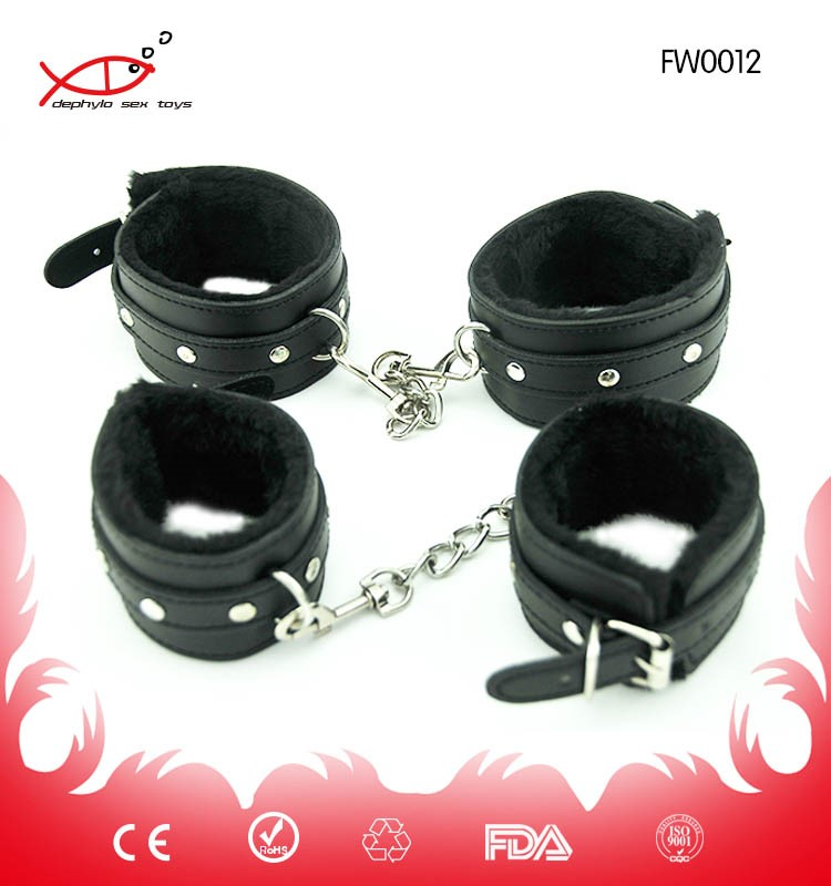 Handcuffs sex Bondage Adult Game Plush Wrist Restraints Slave Fetish Sexy Costumes Cuffs For Erotic Couples Sex Toys Handcuffs