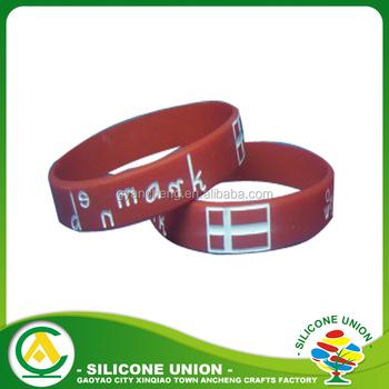 125c76642ec6 Venta caliente recuerdo Suiza bandera pulseras de silicona para los regalos  promocionales