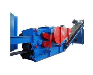 Factory price mobile industrial drum wood chipper shredder machine for sale