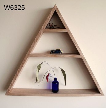 Pine Wood Shelf For Home Decor Wall With Wooden Triangle Shelves W6325