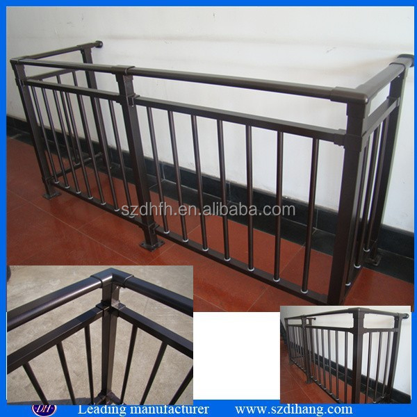fer grill pour balcon fer forg balustrade fer forg fen tre garde corps rampes et mains. Black Bedroom Furniture Sets. Home Design Ideas