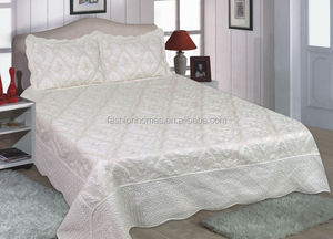 Quilted Embroidery Design White Cotton Bedspread
